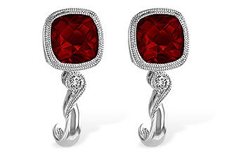 H220-25805: EARRINGS 2.36 GARNET 2.40 TGW